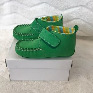 Other - NEW Leather kids shoe